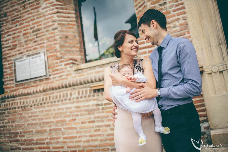 Botez-Ema-Pitesti-www.mihaitrofin.ro-fotograf-nunta-bucuresti-fotograf-nunta-piatra-neamt-fotograf-profesionist-bucuresti-fotograf-pitesti-fotografie-nunta-pitesti-