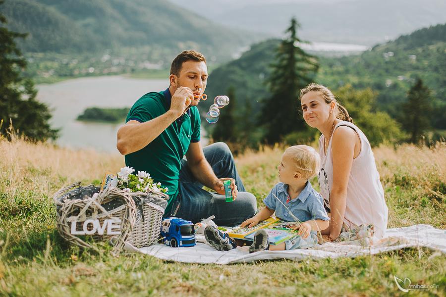 sesiune-foto-de-familie-bucuresti-piatra-neamt-brasov-mihai-trofin-fotograf-www-mihaitrofin-ro-1