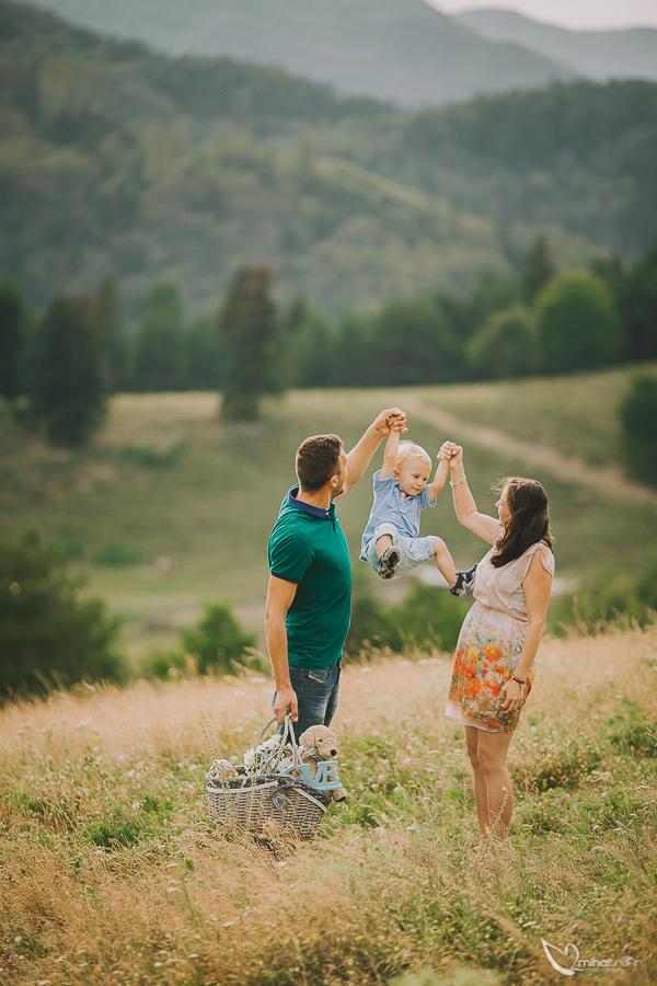sesiune-foto-de-familie-bucuresti-piatra-neamt-brasov-mihai-trofin-fotograf-www-mihaitrofin-ro-32