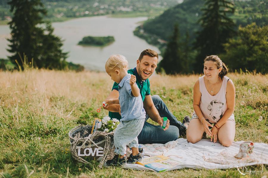 sesiune-foto-de-familie-bucuresti-piatra-neamt-brasov-mihai-trofin-fotograf-www-mihaitrofin-ro-5